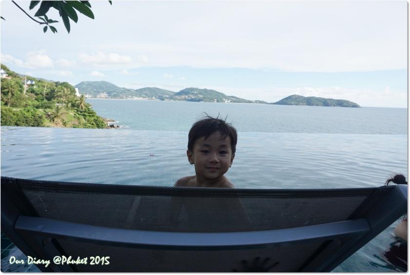 布吉酒店 U Zenmaya 美麗的無邊際泳池景色